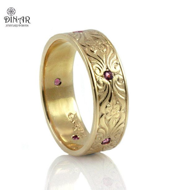 Vintage 7mm Wedding Band 14k Yellow Gold Engraved Floral Pattern