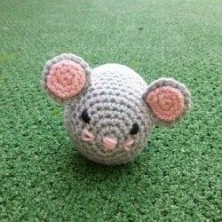 List of crochet  mouse patterns and amigurumi mouse patterns. Make a crochet mouse toy, crochet mouse ornament, crochet mouse finger puppet and...