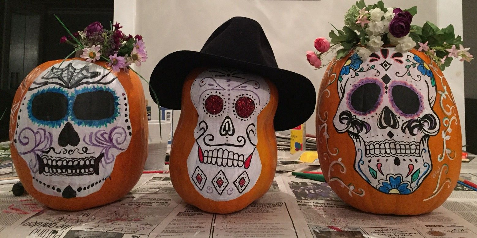 Day of the Dead Sugar Sculling. DIY pumpkin painting. Meet Lolita, Rico and Sophia our new pumpkin friends.