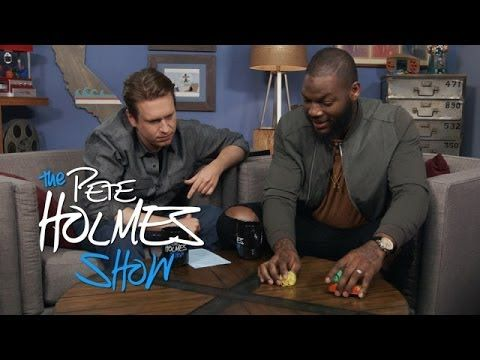 Chicago Bears' Martellus Bennett Patiently Explains Football to Pete