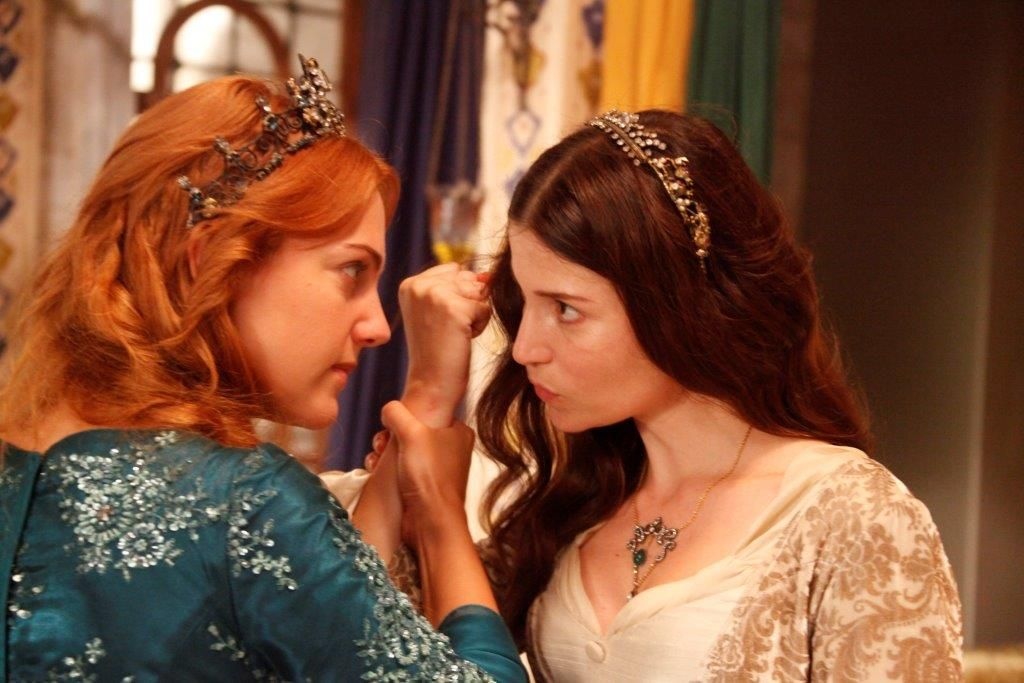 Selma Ergec And Meryem Uzerli In Muhtesem Yuzyil 2011 Ball Gown Wedding Dress Selma Ergec Actresses