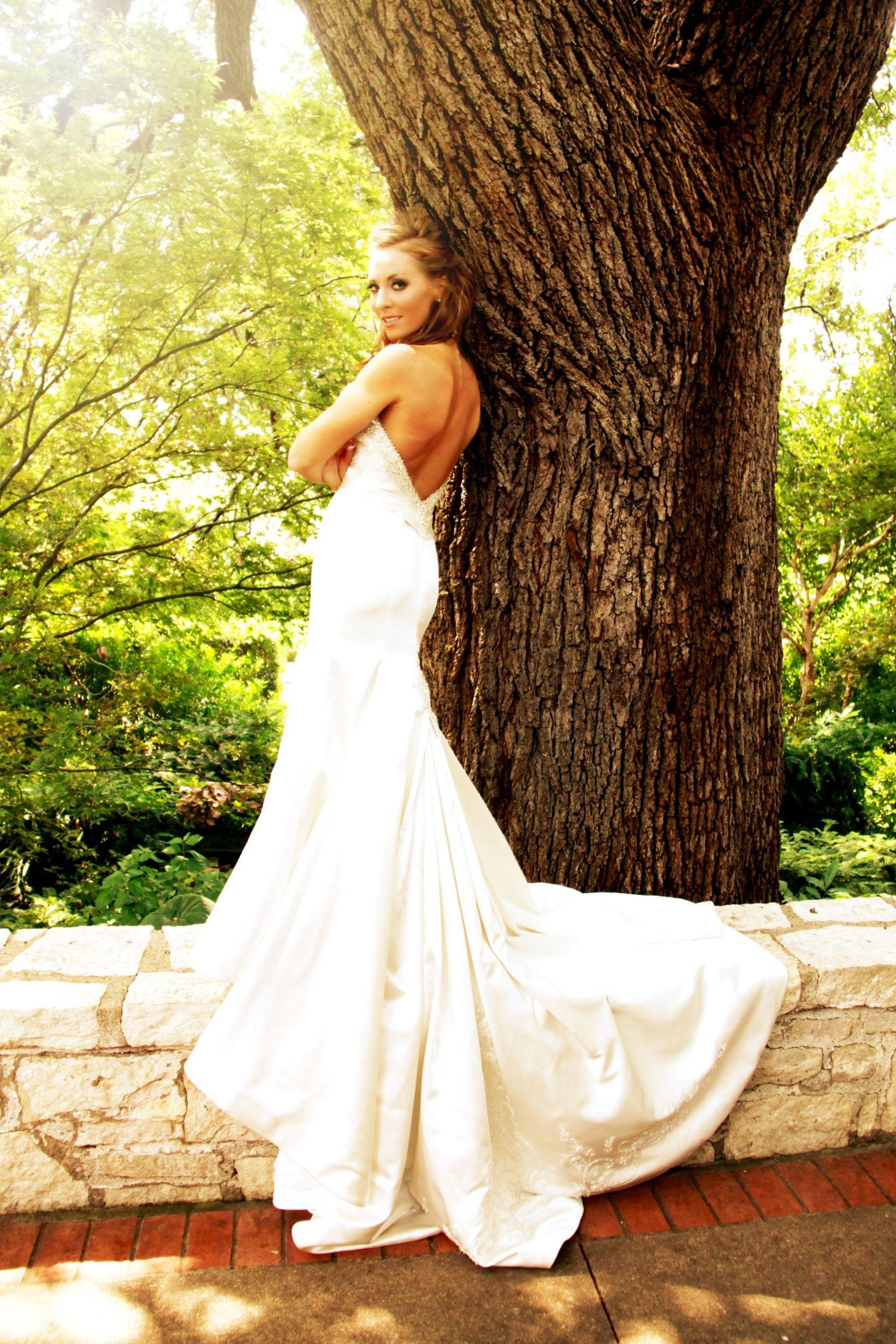 Dallas Arboretum bridal, Wedding, Garden, Bride | Garden Weddings at ...