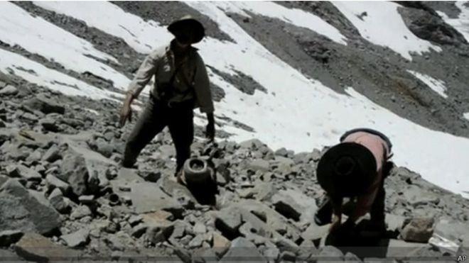 El avión desaparecido que fue hallado 53 años después en los Andes - BBC Mundo