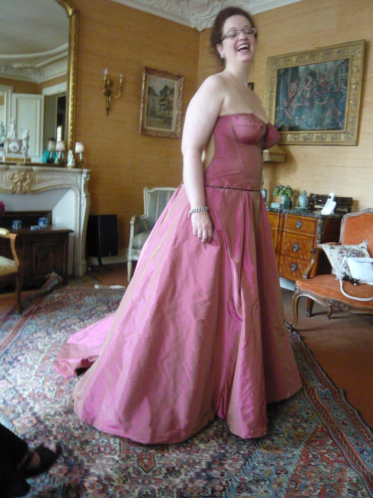 Arnaud Lance - Haute Couture . Paris - تصميم الازياء - باريس: Robe en taffetas rose pour Ann Hallenberg (Mezzo-Soprano)