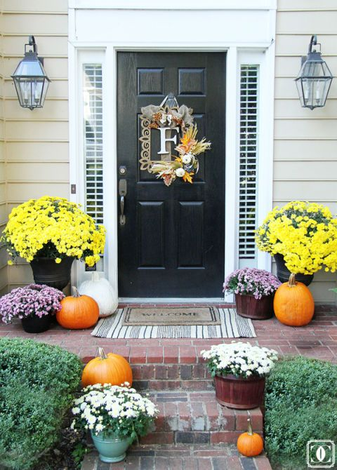 19 Fun Ways To Decorate Your Porch This Fall Diy Projects
