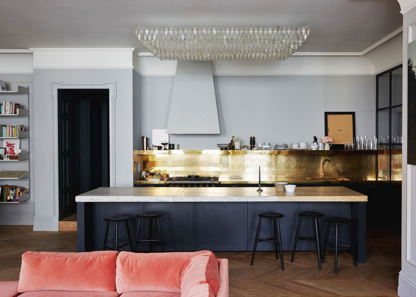 Brass Backsplash And Charcoal Cabinets With A Dramatic Chandelier In The  Kitchen | Jenna Lyons House Tour On Coco Kelley