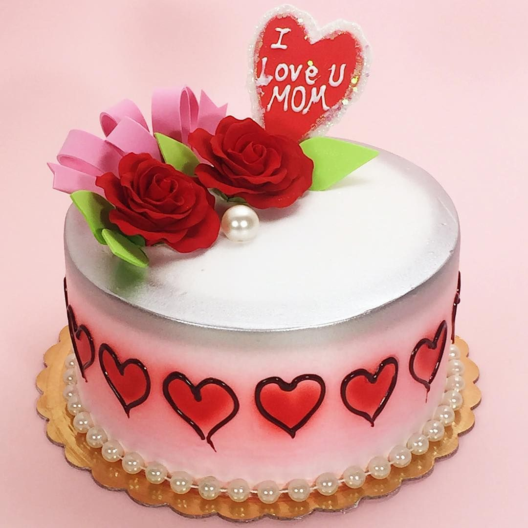 Roses and hearts all for mom arts bakery delivers