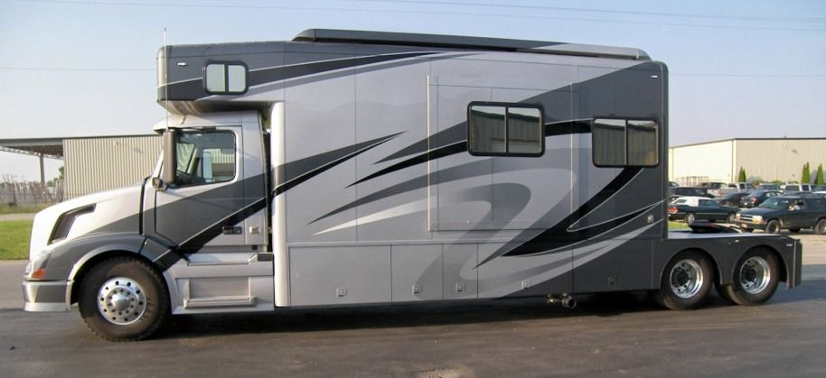 Showhauler Motorhome And Truck Conversions Home