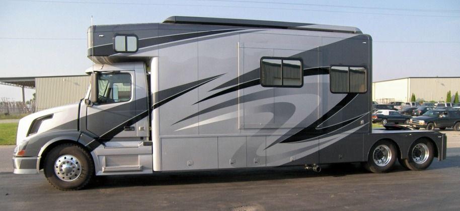Showhauler Motorhome And Truck Conversions Home Big Rig Trucks Motorhome Semi Trucks Interior
