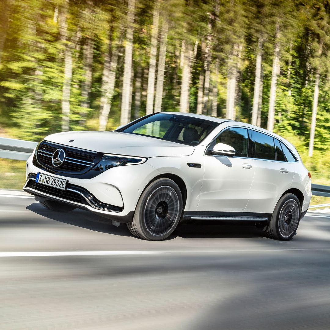 It S Electric The All New Mercedes Benz Eqc 400 The Vehicle Is Pictured In Designo Diamond White With The Exterior Amg Line Package Mercedes Eq 20 Autos