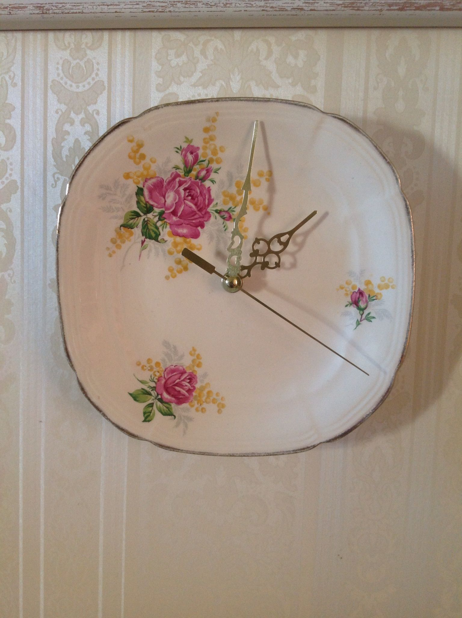 I made this Vintage Alfred Meakin plate into a  clock! Love the way it turned out.