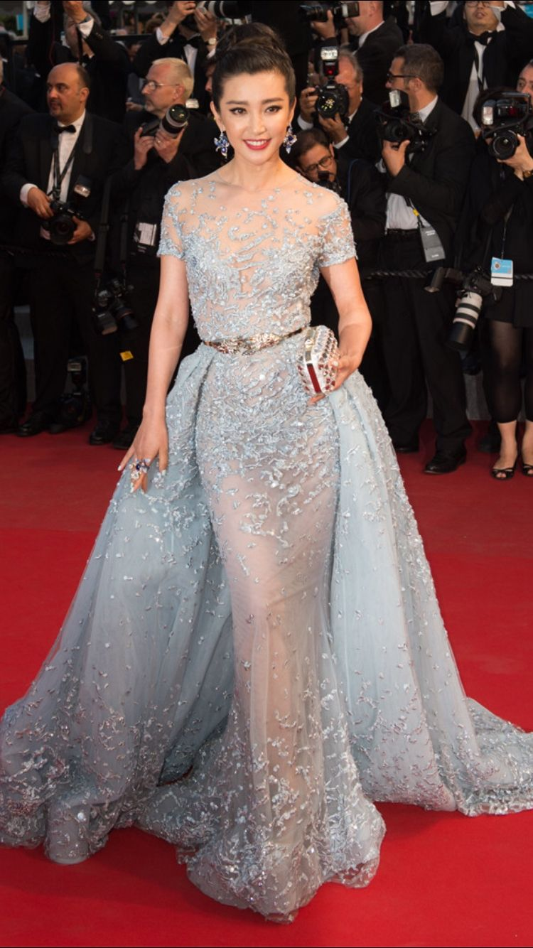 Another banging gown from zuhair murad cannes film festival