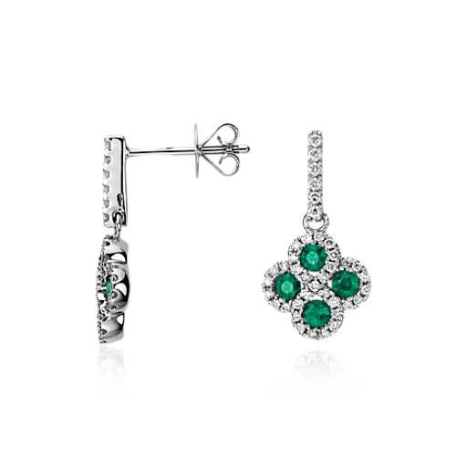 Indulge with these unique earrings, showcasing a push backing and 78 sparkling round diamonds.