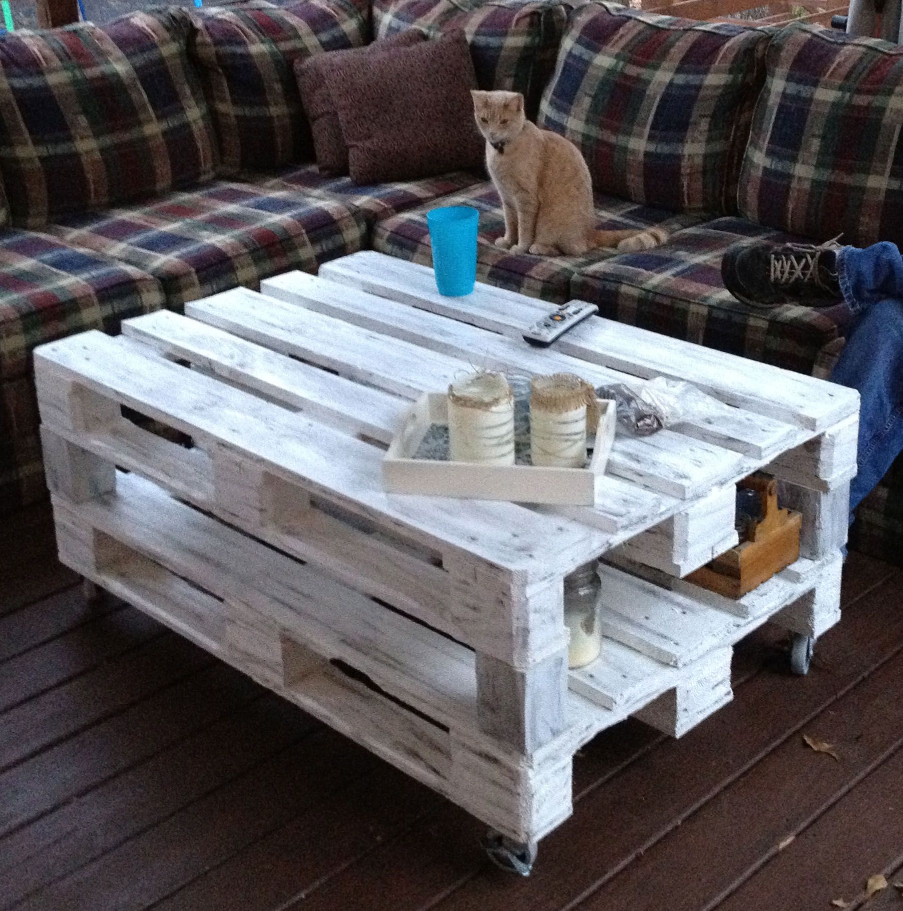 Pallet coffee table now I just need to strip my Craigslist