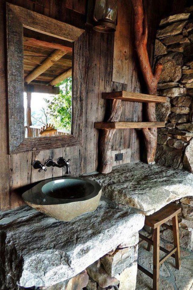 outside bathroom - aged, yet not rotting! cabañas Pinterest
