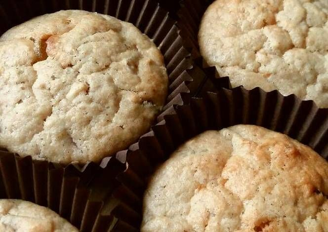 Vickys Ginger & Apple Muffins Recipe -  Awesome let's eat Vickys Ginger & Apple Muffins