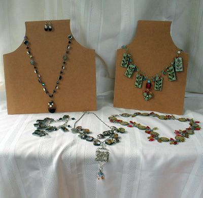 Making Your Own Necklace Displays by perpetualplum, via Flickr