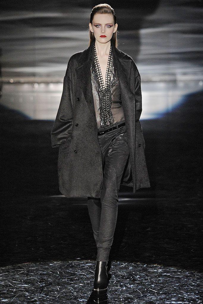 06edd4277f520 Gucci Fall 2009 Ready-to-Wear Fashion Show - Myf Shepherd