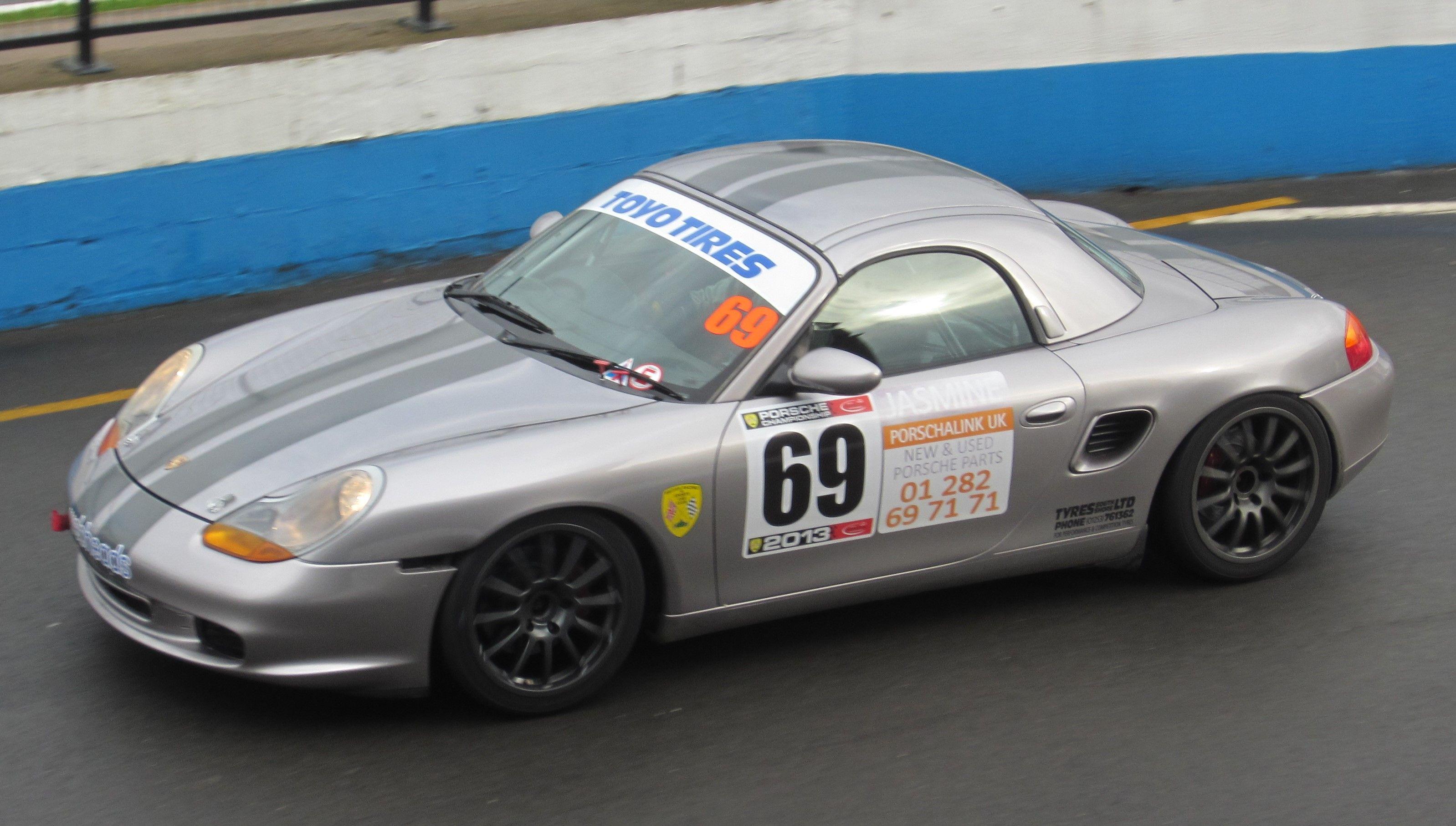 Toyo Tyres Porsche Championship, 19/20th October Donington Park 2013.