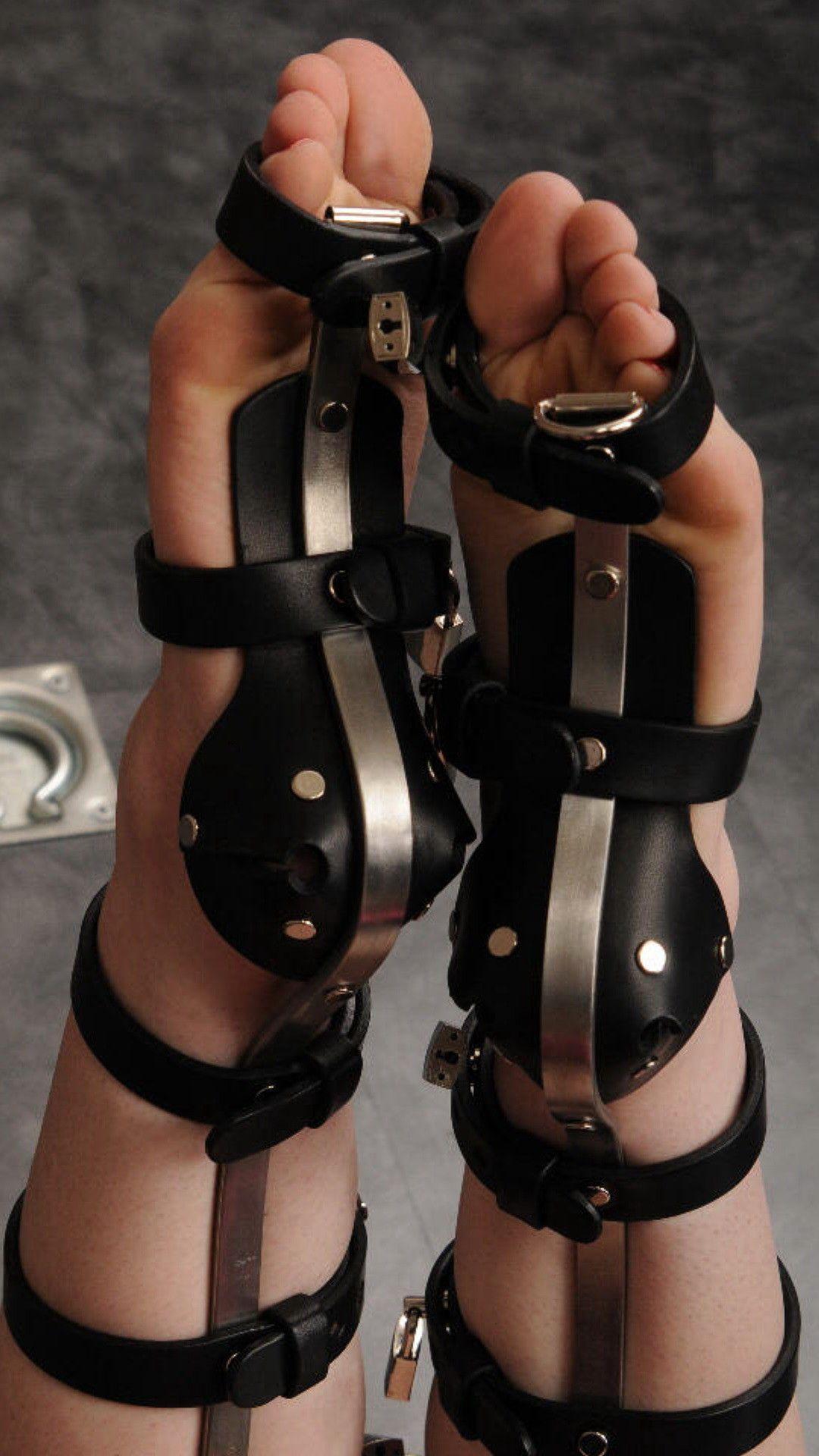 inflatable anal plug bondage