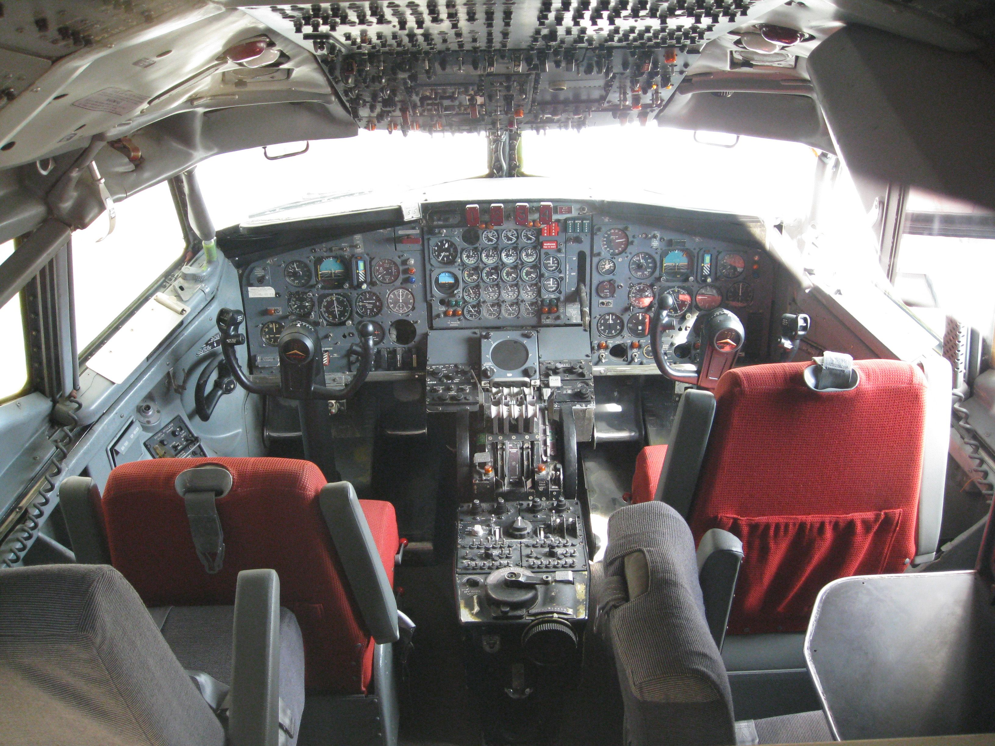 Boeing 707 Cockpit Boeing 707 Boeing Private Aircraft