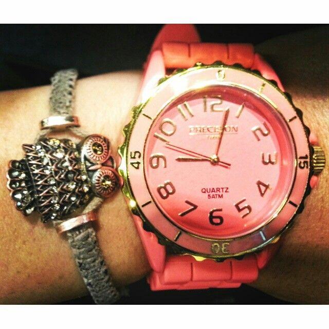 Reloj wow y buho