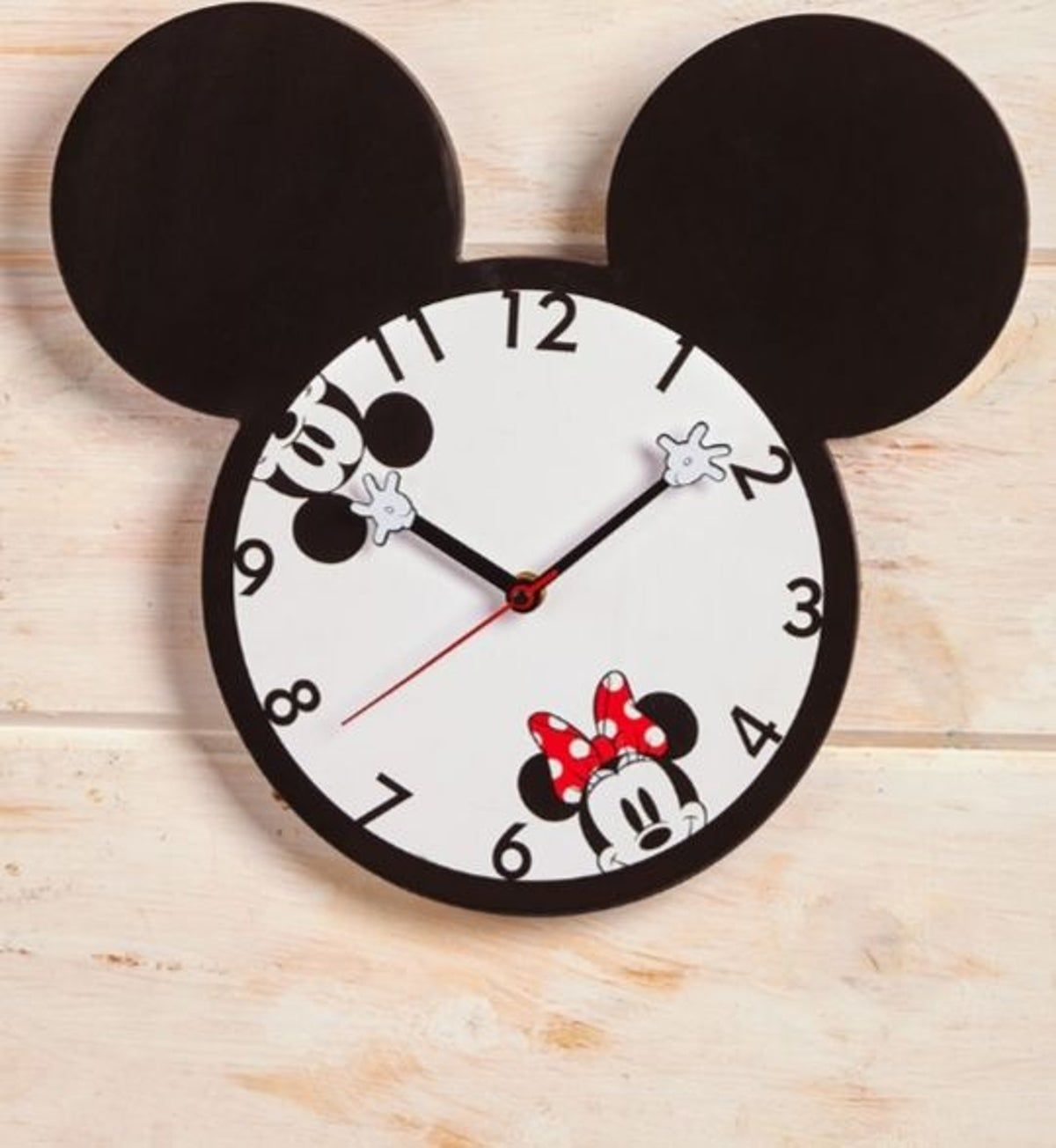 Mickey Mouse Wall Clock In 2020 Mickey Mouse Wall Minnie Mouse Wall Decals Disney Wall