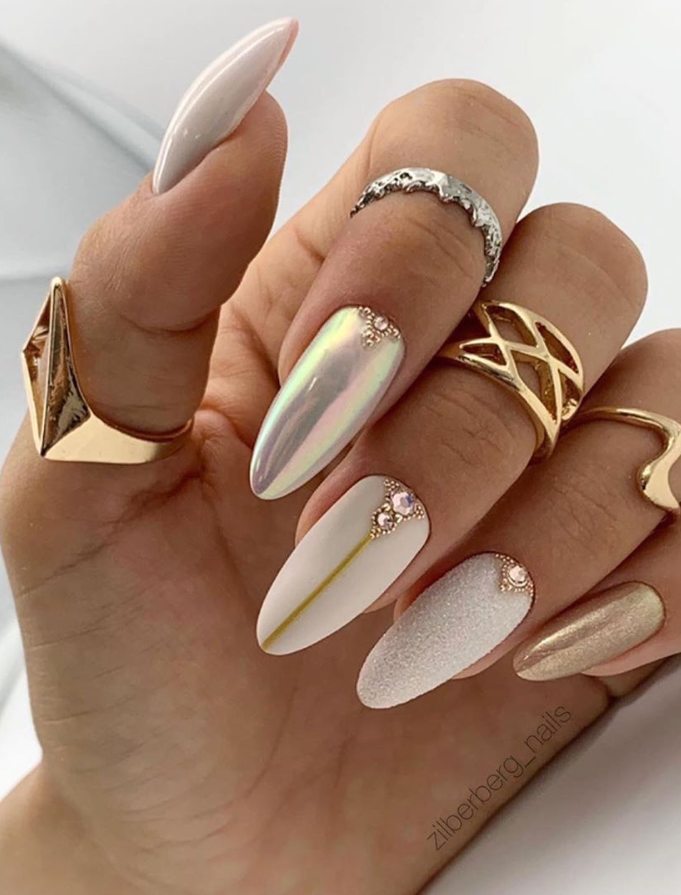 36 Amazing Natural Short Almond Nails Design For Fall Nails Fall Nail Designs Fall Acrylic Nails Almond Nails Designs