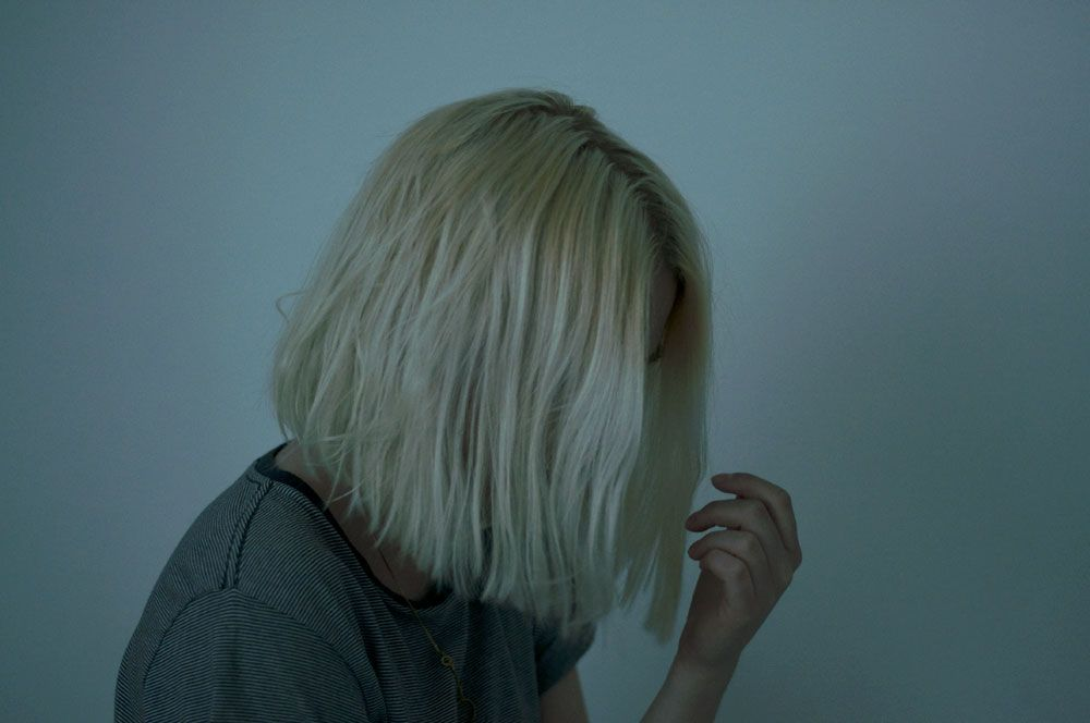 Картинки блондинка с каре без лица