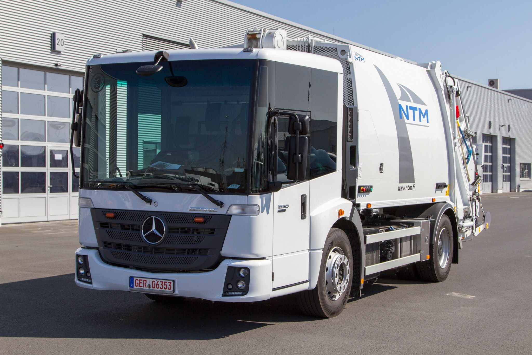 MB Econic garbage collector trk