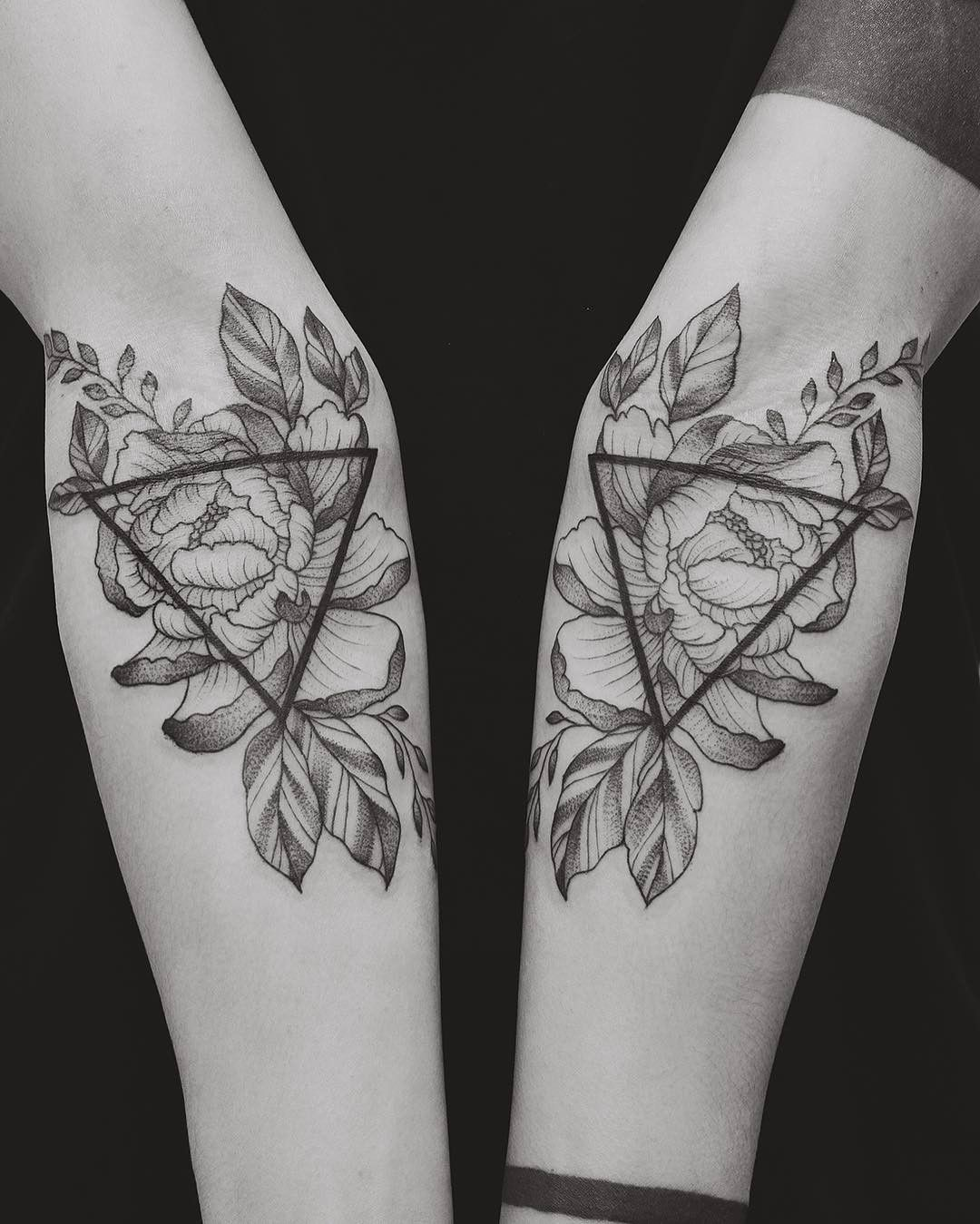 Geometric Flower Tattoo Sleeve: Floral And Geometric Tattoo By Tritoan Ly