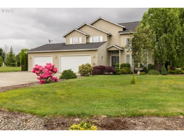 Price Improvement! 104 Wood Duck Lane – Don't Miss This Gorgeous Home on 1.32 Acres!