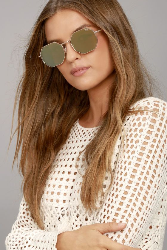 38dda4e3143 Up the style factor of any look with the Quay On a Dime Gold and Yellow Mirrored  Sunglasses! Cool
