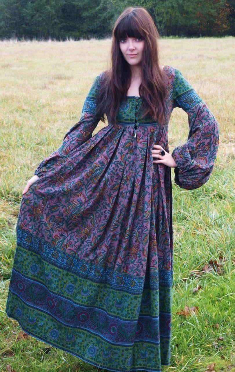 Balloon sleeve maxi dresses