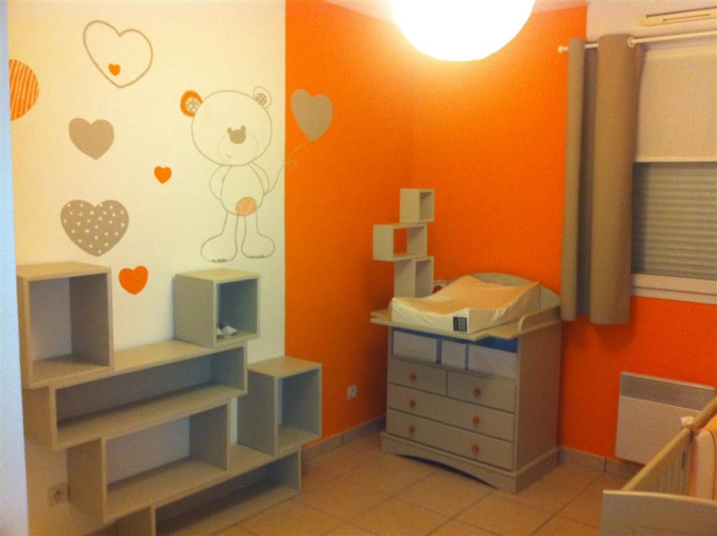 d co chambre orange et taupe