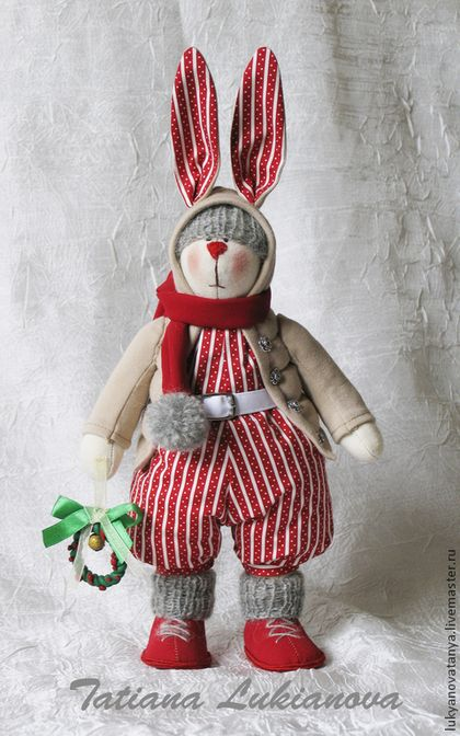 Куклы Тильды ручной работы. Ярмарка Мастеров - ручная работа. Купить Тильда рождественский зайка с веночком. Handmade. Ярко-красный