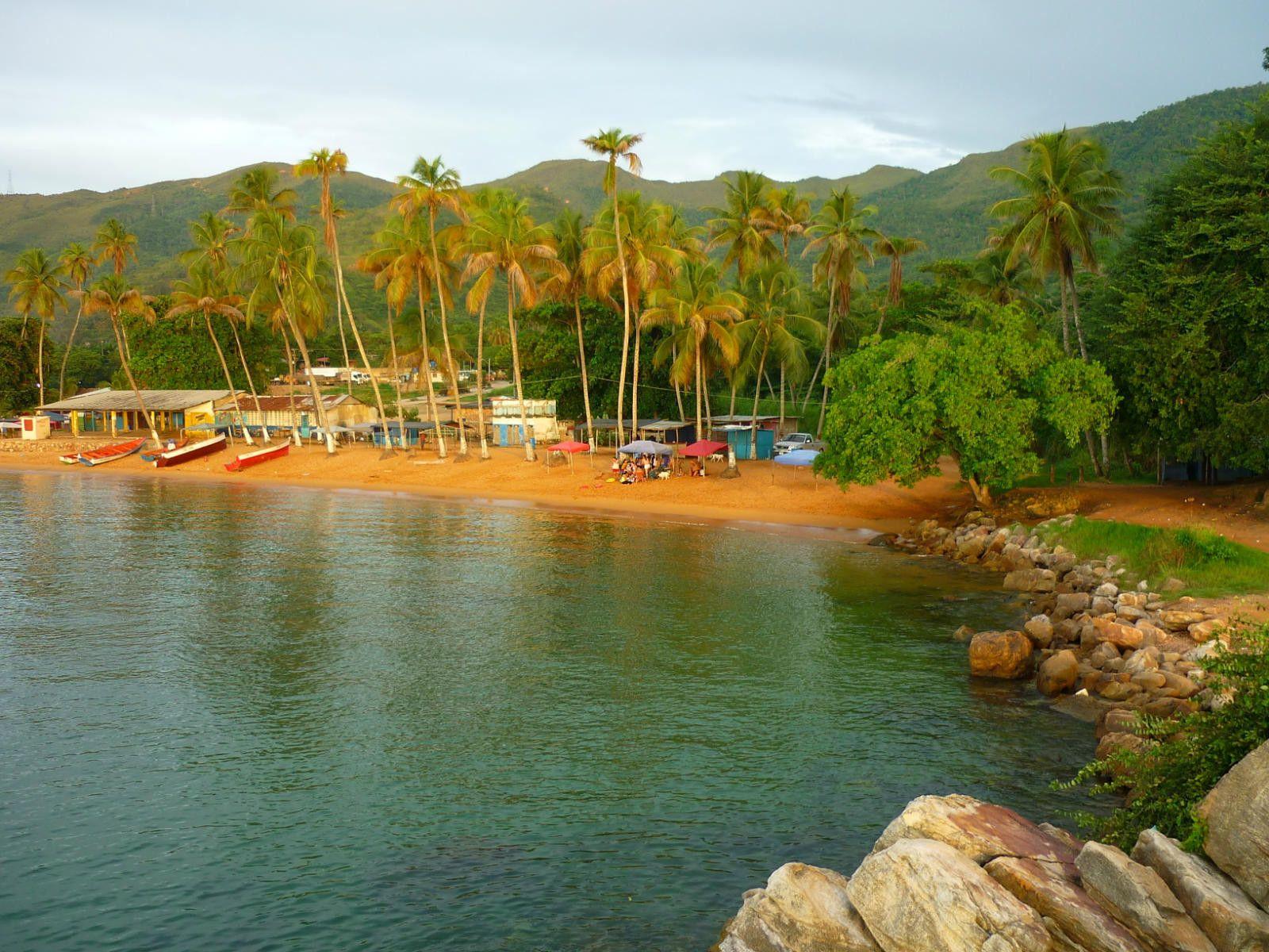 playa piscina puerto la cruz venezuela