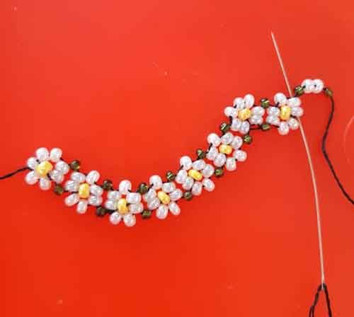 Photo of Daisy Necklace Making Picture Explained | Jewelry Designs