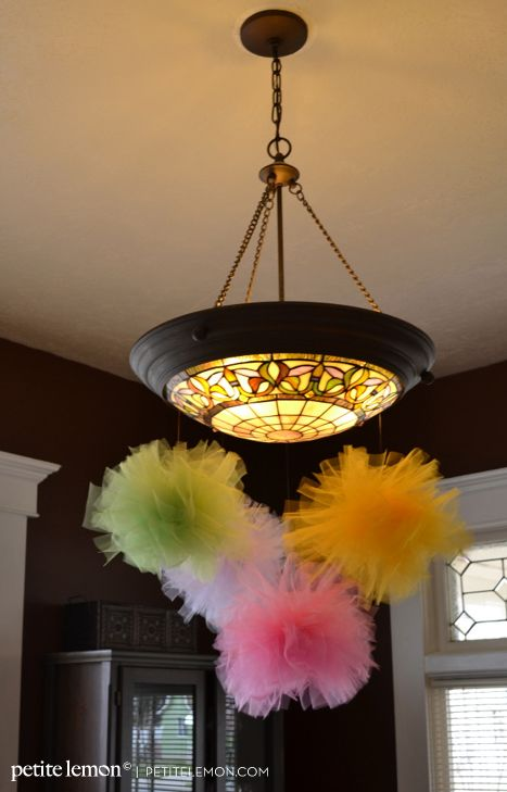 Add fun springy pops of color to your dcor with these DIY tulle
