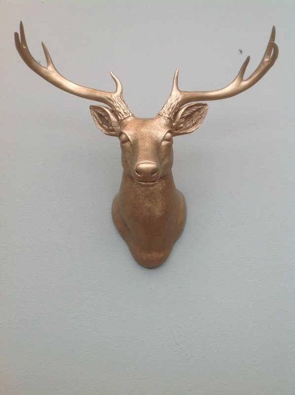 Stag head wall decoration trends in colors for autumn winter 2013