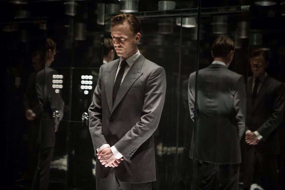 Tom in High Rise.... uuuuh I can't wait for this to come to teaters :)