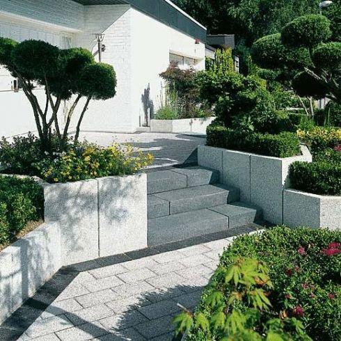 conturo granithell gestrahlt hauszugang stelen stufen einfassungen metten palisaden. Black Bedroom Furniture Sets. Home Design Ideas
