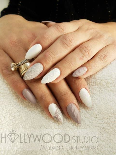 Sugar Effect i Gel Brush Sin City z Efektem Syrenki by Magdalena Fibich Mendrek #winter #pastel #nude #beige #white #mermaid #effect #magic