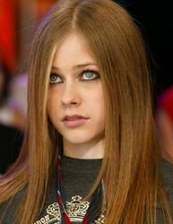 Right Hair Color For You Because Color Speaks When You Don T Hair Avril Lavigne Hair Color