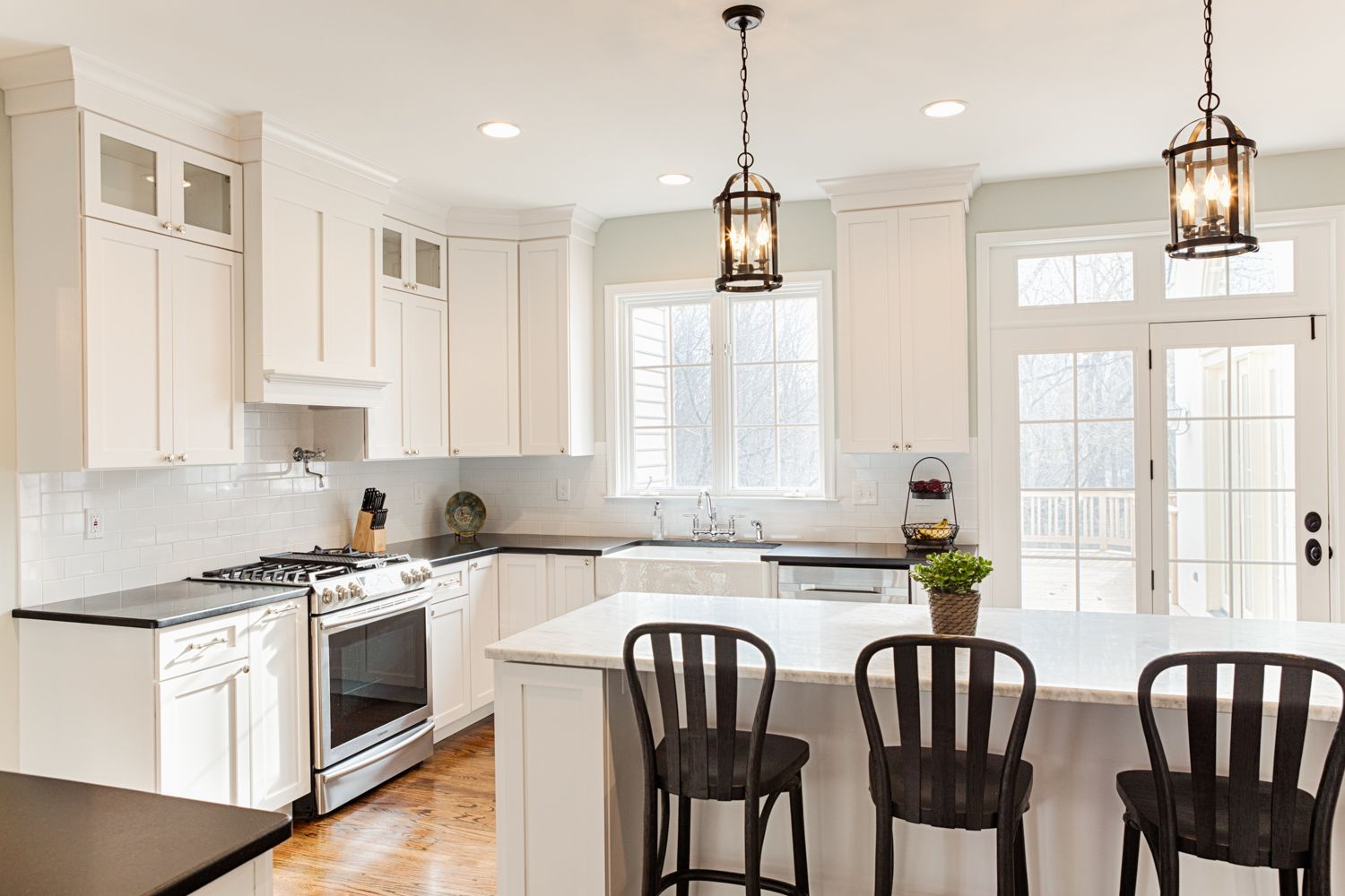 Light And Airy Kitchen In White With Dark Accents Kitchen Kitchen Cabinet Design Home Renovation