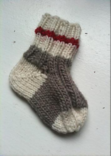 Get To Work Baby Socks Pattern By Laura Sapergia Stuff Im