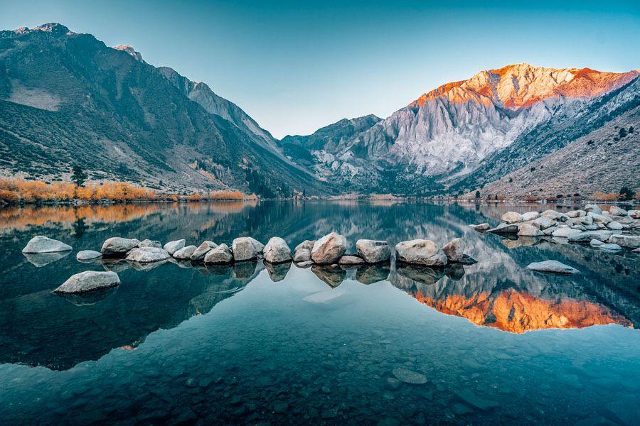 8 Scenic Day Hikes In The Eastern Sierra Nevadas California Sierra Mountains California Northern California Travel Sierra Nevada Mountains