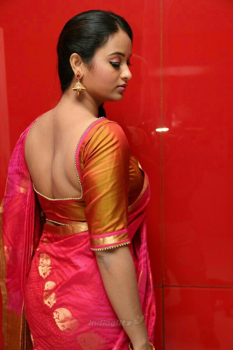 Tight saree blouse