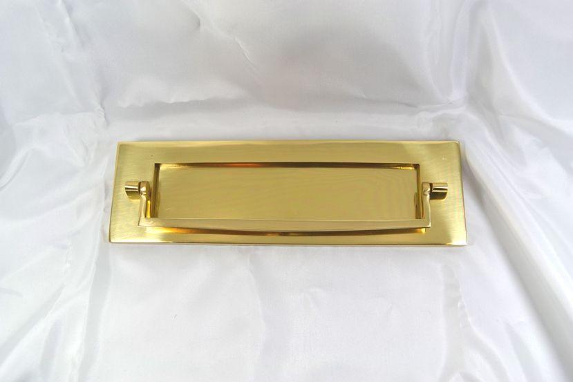 真鍮製 ノッカー付ポスト口 Om2103 ポスト 付 ドア