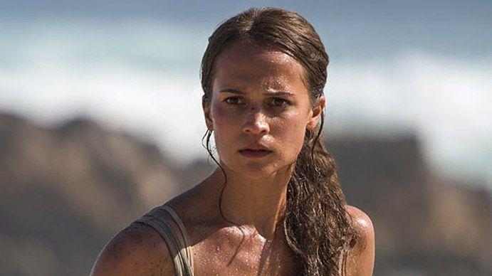 8b24c508ccf07d Director Roar Uthaug shares a first-look image of Alicia Vikander as Lara  Croft